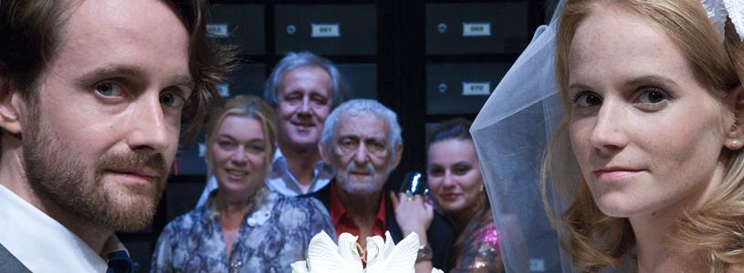 Lska a penze - Divadlo v Dlouh